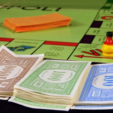 Let's play Monopoly!
